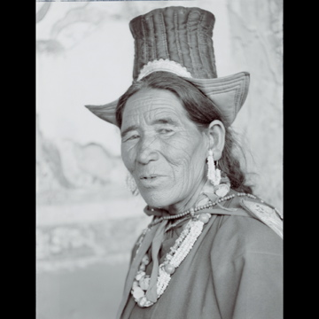 conversation_with_the_world_himalayan_woman_4